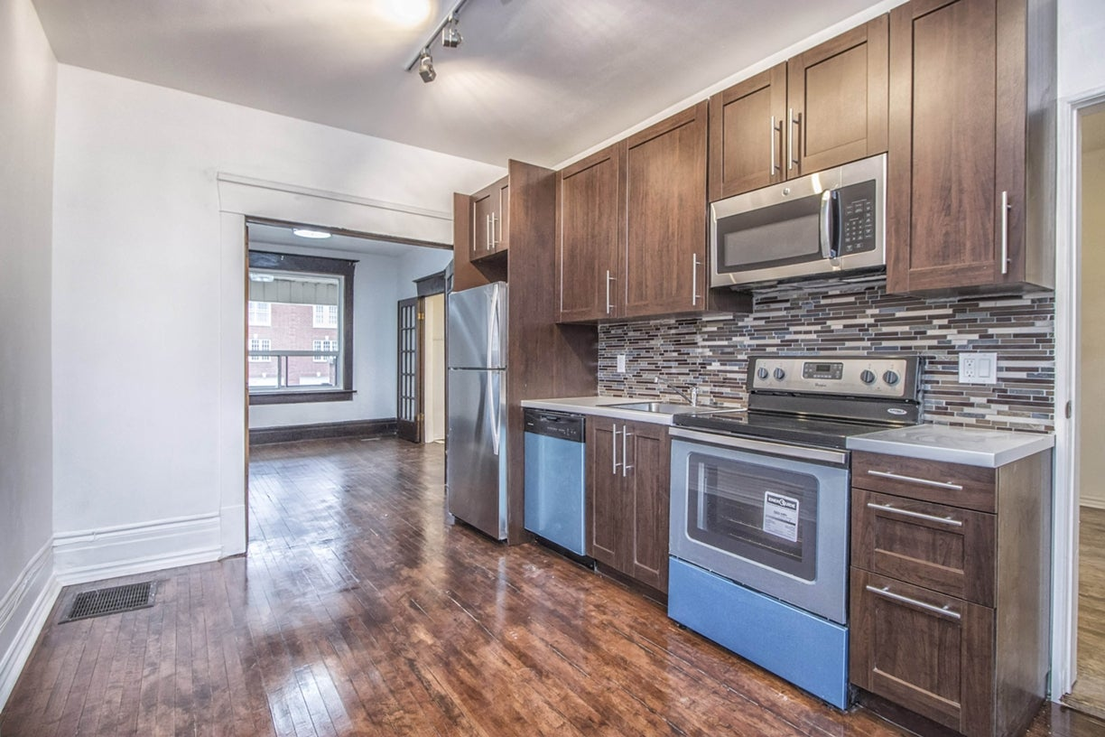 71 Vernon St, Toronto - Dovercourt-Wallace Emerson-Junction HOUSE for sale, 6 Bedrooms (W3371705) #5
