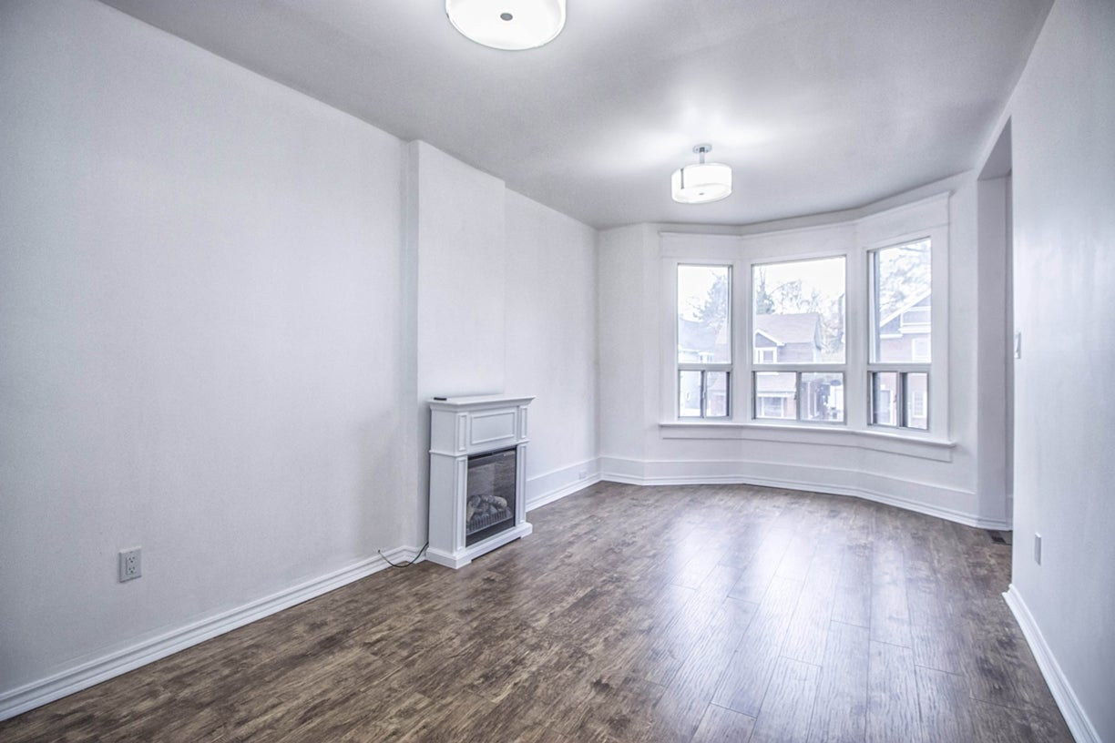 71 Vernon St, Toronto - Dovercourt-Wallace Emerson-Junction HOUSE for sale, 6 Bedrooms (W3371705) #4
