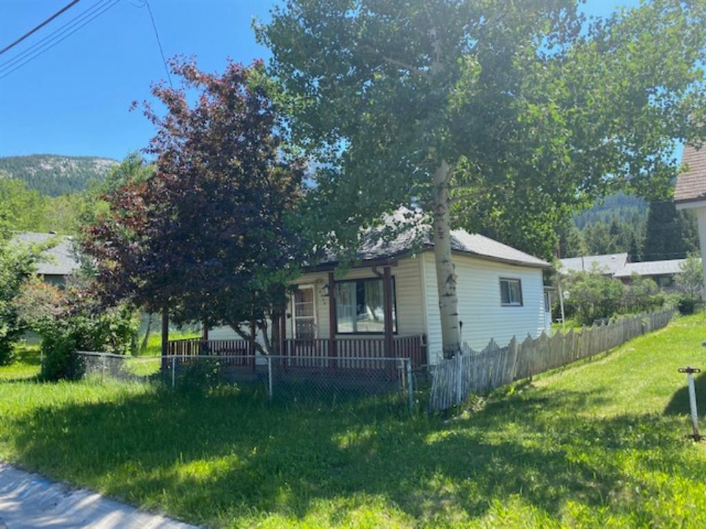 13338 17 Avenue - 361BL_8888 Detached for sale, 3 Bedrooms (A1124574) #2