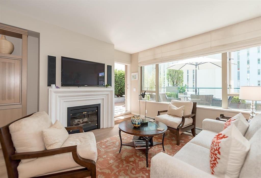 303 - 1896 Marine Dr, West Vancouver - Ambleside Apartment/Condo for sale, 2 Bedrooms (R2082222) #4