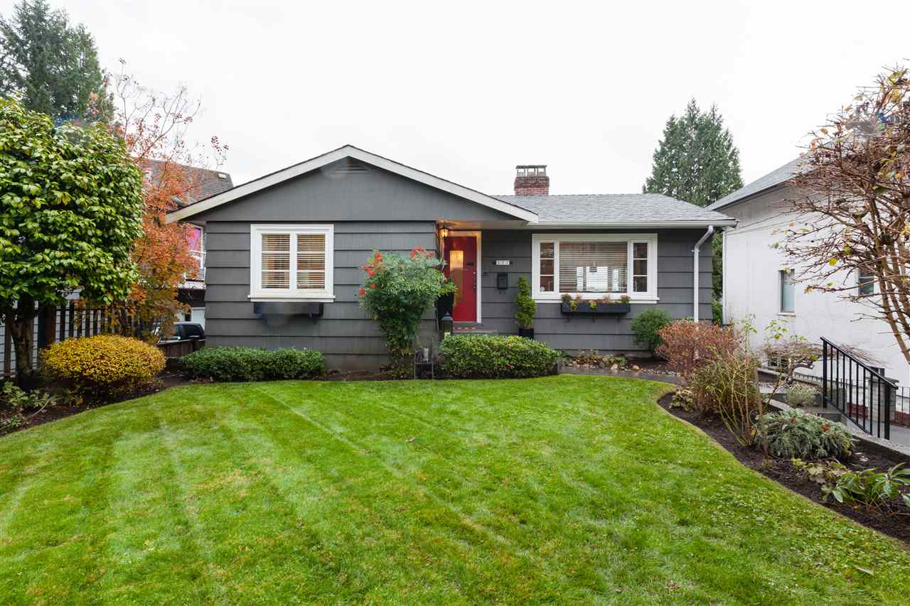 131 W St. James Road - Upper Lonsdale House/Single Family for sale, 4 Bedrooms (R2222179) #1