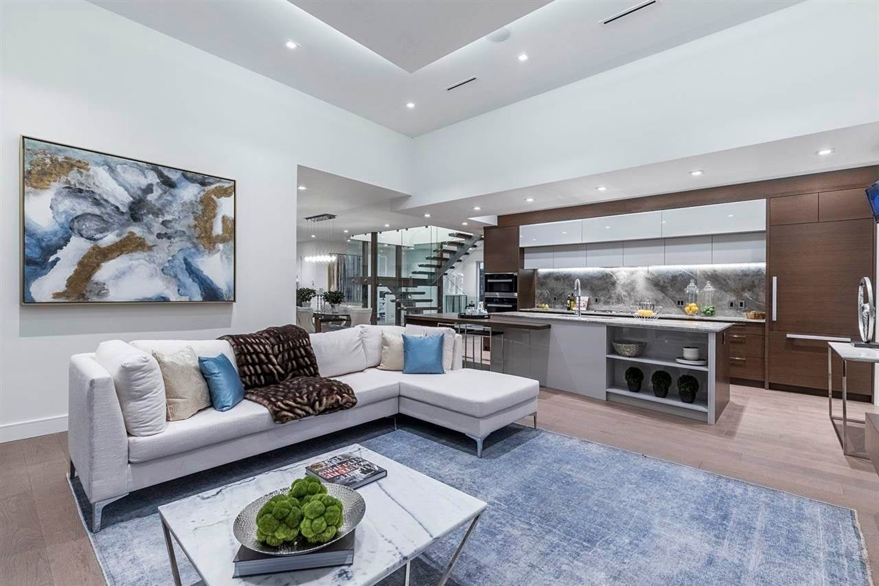 920 MELBOURNE AVENUE - Edgemont House/Single Family for sale, 6 Bedrooms (R2585297) #2