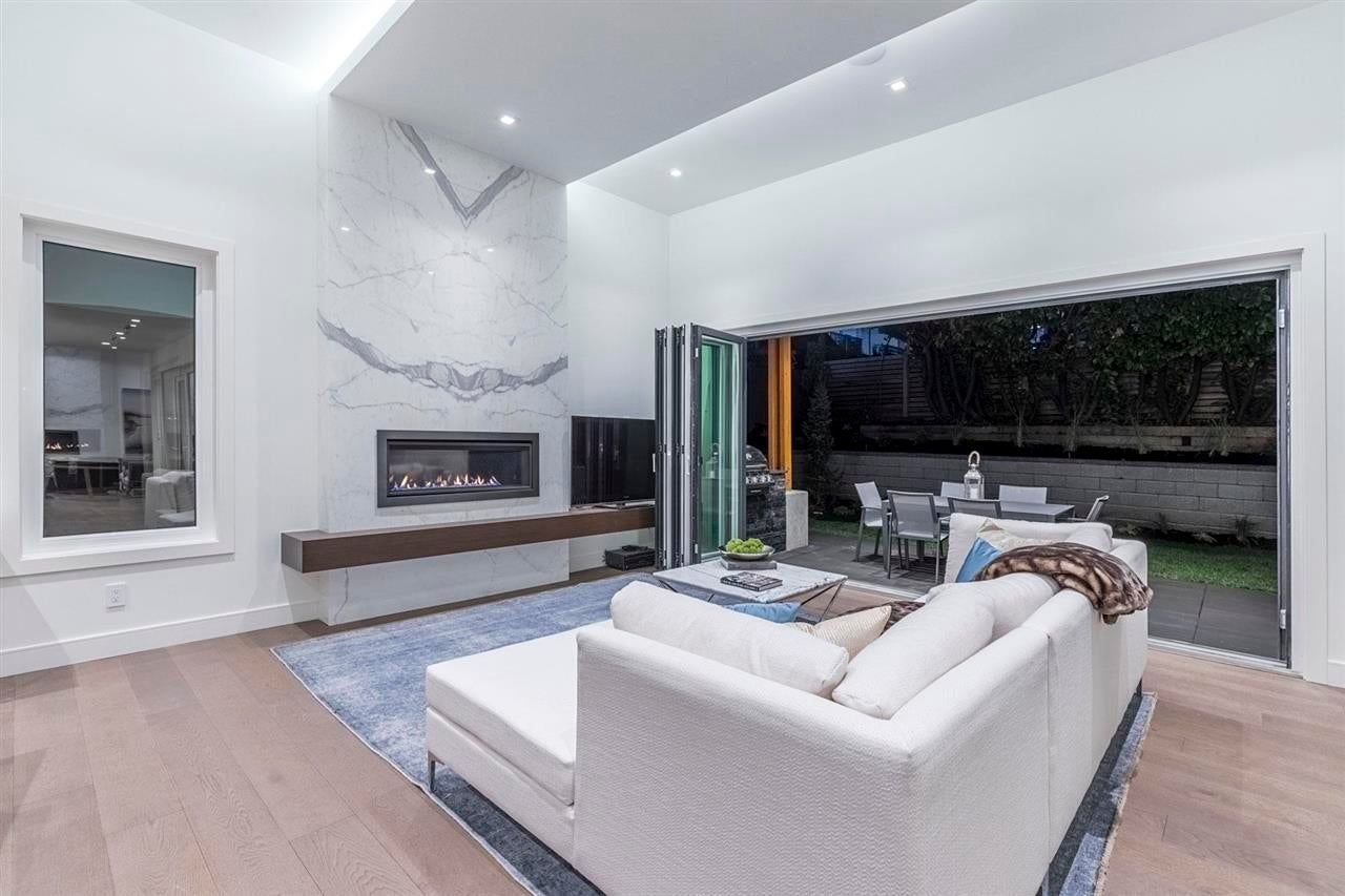 920 MELBOURNE AVENUE - Edgemont House/Single Family for sale, 6 Bedrooms (R2585297) #3