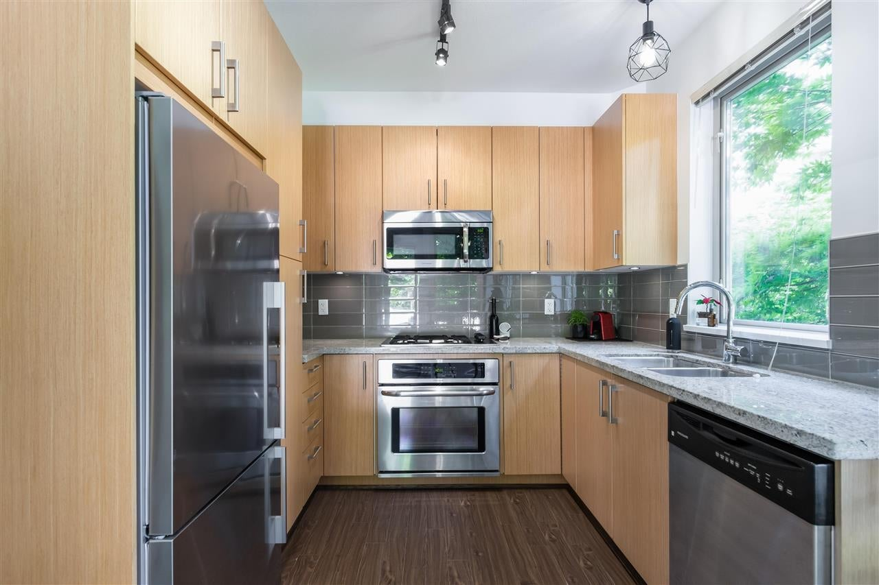 111 119 W 22ND STREET - Central Lonsdale Apartment/Condo for sale, 3 Bedrooms (R2592598) #10