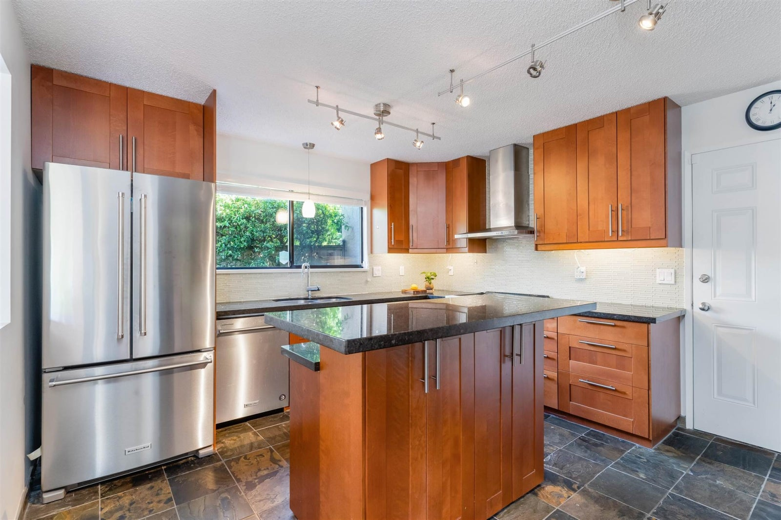 4 226 E 10TH STREET - Central Lonsdale Townhouse for sale, 3 Bedrooms (R2596161) #12
