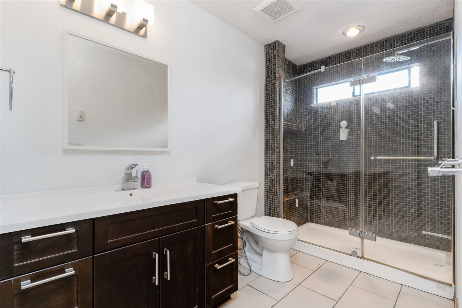 4 226 E 10TH STREET - Central Lonsdale Townhouse for sale, 3 Bedrooms (R2596161) #18