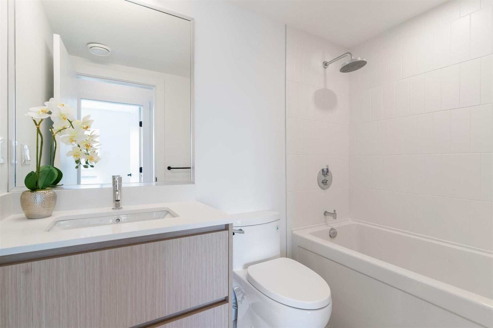 106 748 E 3RD STREET - Queensbury Townhouse for sale, 4 Bedrooms (R2607679) #21