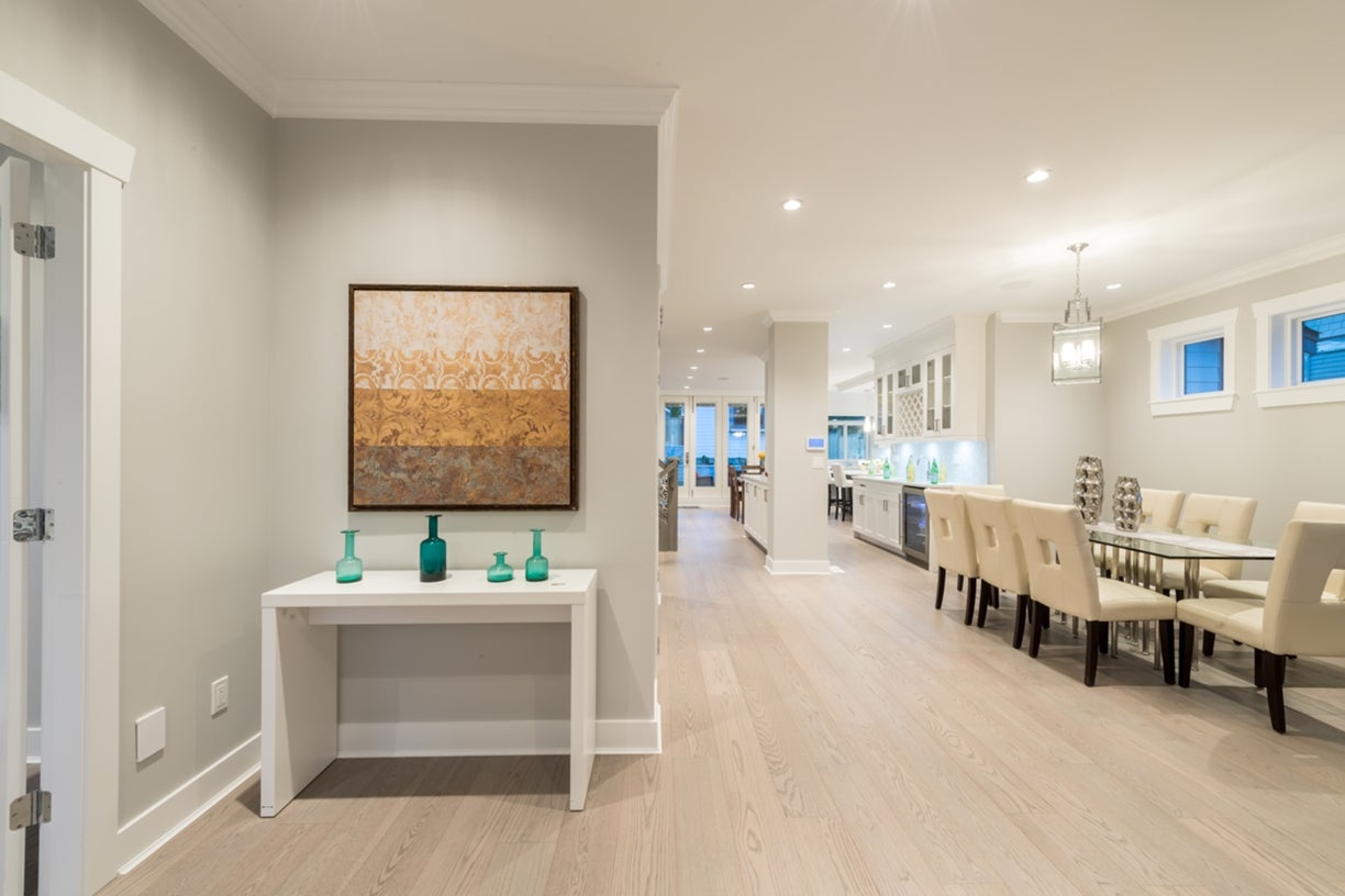 772 East 8th Street - Boulevard House/Single Family for sale, 6 Bedrooms  #2