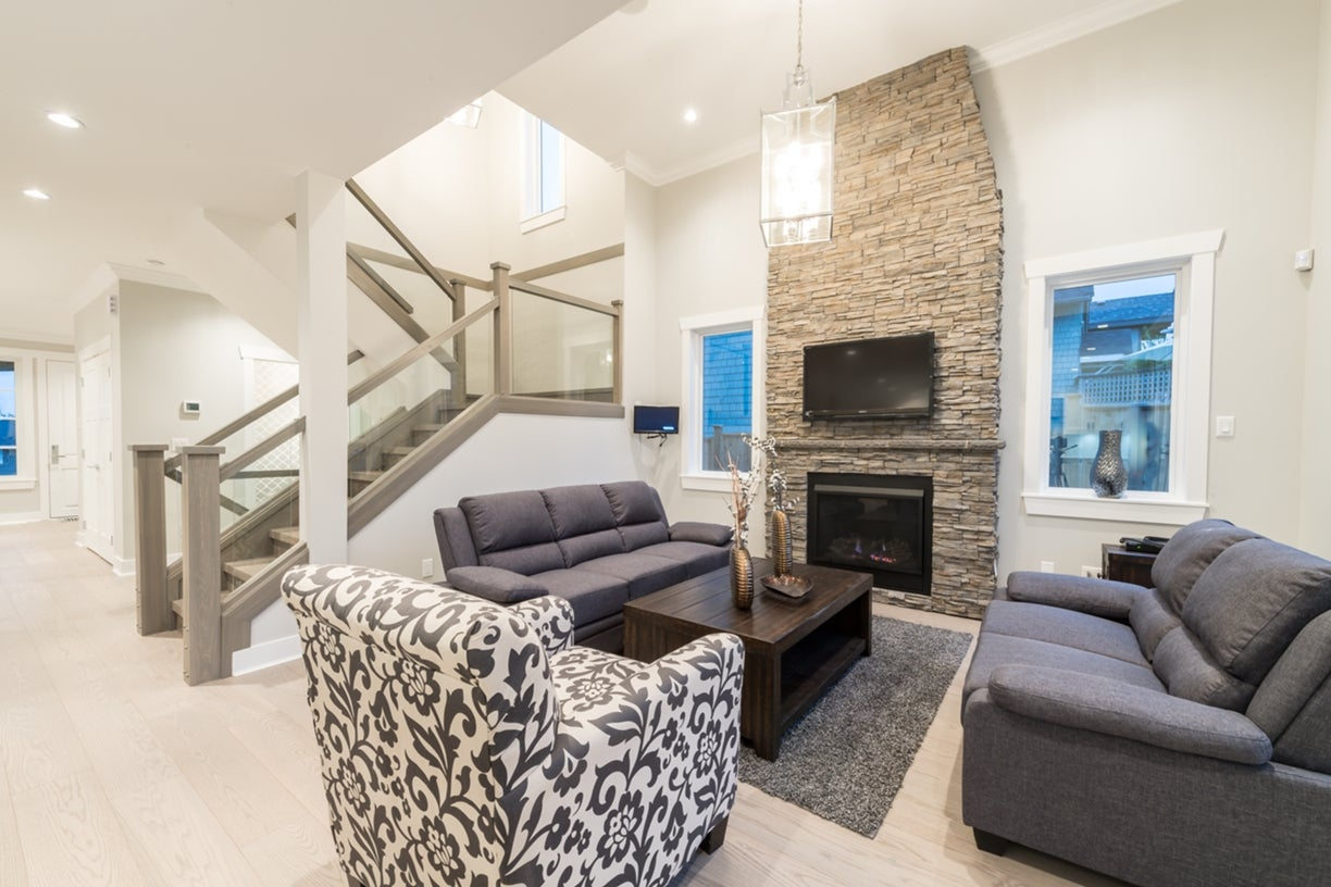 772 East 8th Street - Boulevard House/Single Family for sale, 6 Bedrooms  #10