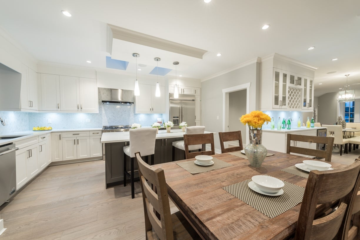772 East 8th Street - Boulevard House/Single Family for sale, 6 Bedrooms  #11