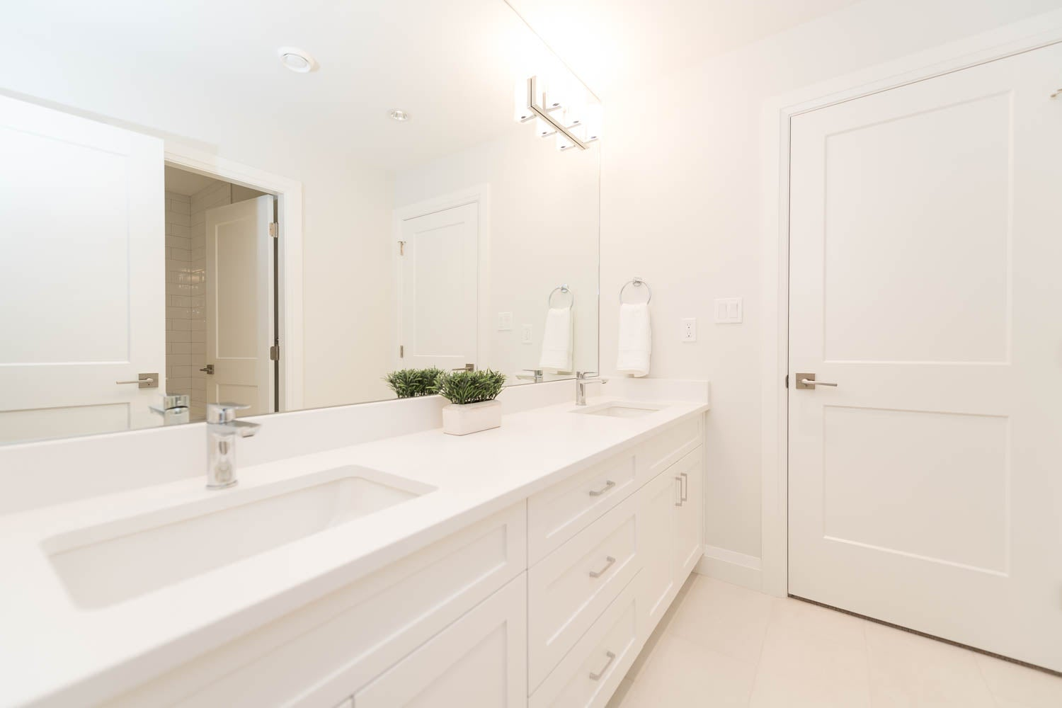 416 West 25th Street - Upper Lonsdale House/Single Family for sale, 6 Bedrooms  #9