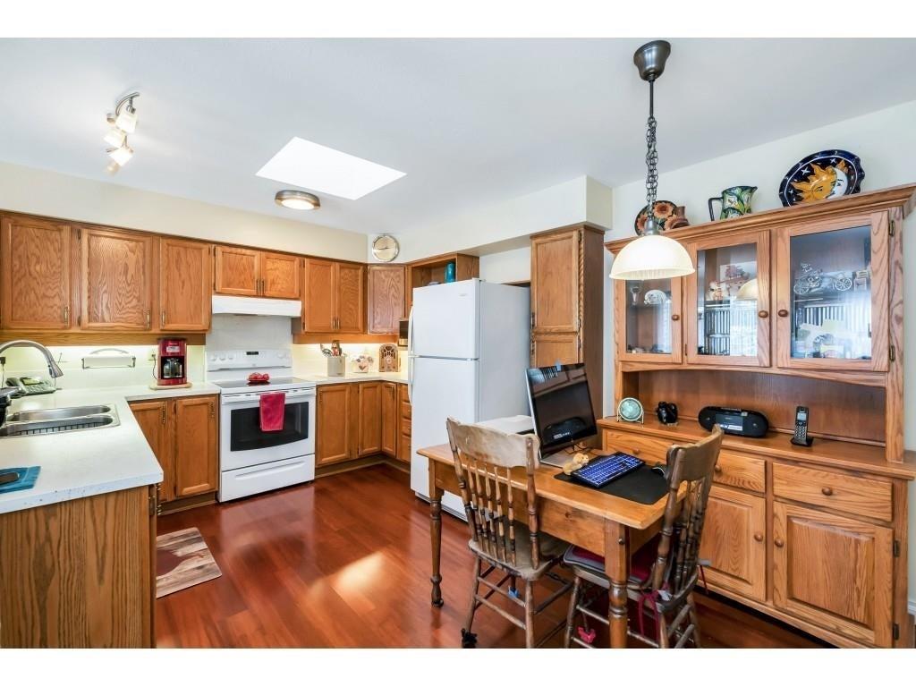 303 9295 122 STREET - Queen Mary Park Surrey Apartment/Condo for sale, 2 Bedrooms (R2613341) #12