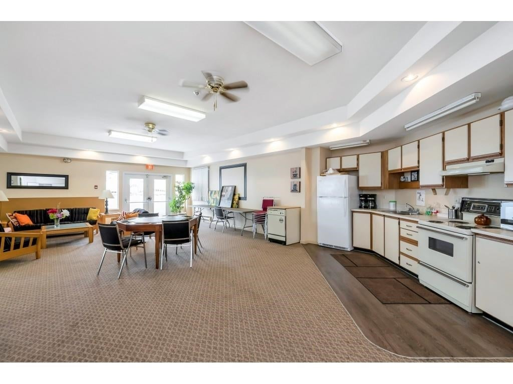 303 9295 122 STREET - Queen Mary Park Surrey Apartment/Condo for sale, 2 Bedrooms (R2613341) #33