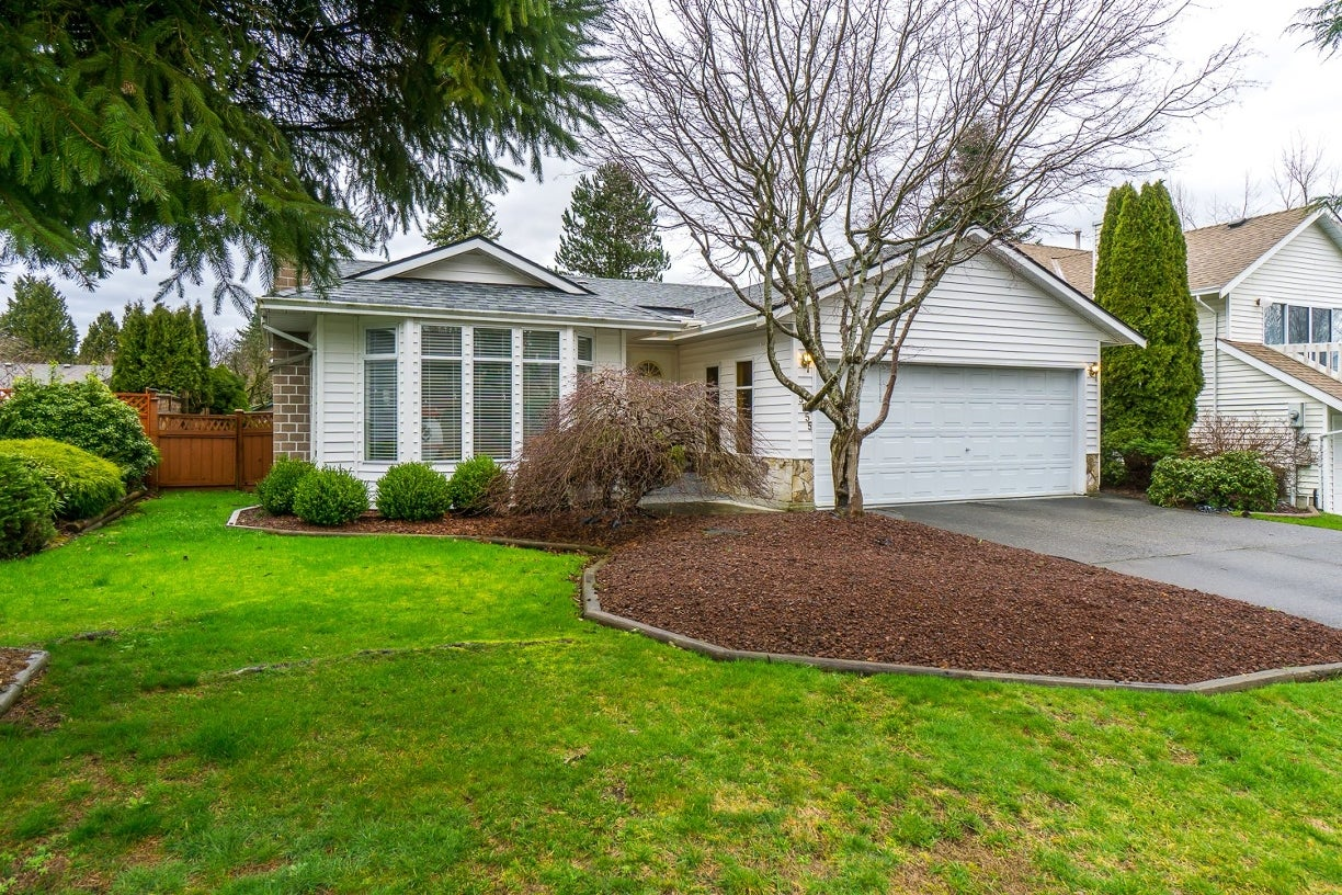 15855 98 Avenue - Guildford House/Single Family for sale, 3 Bedrooms (R2039571) #1
