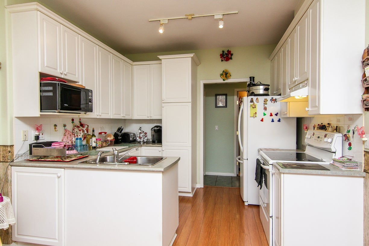 20 15959 82nd Avenue - Fleetwood Tynehead Townhouse for sale, 3 Bedrooms (F1417392) #10