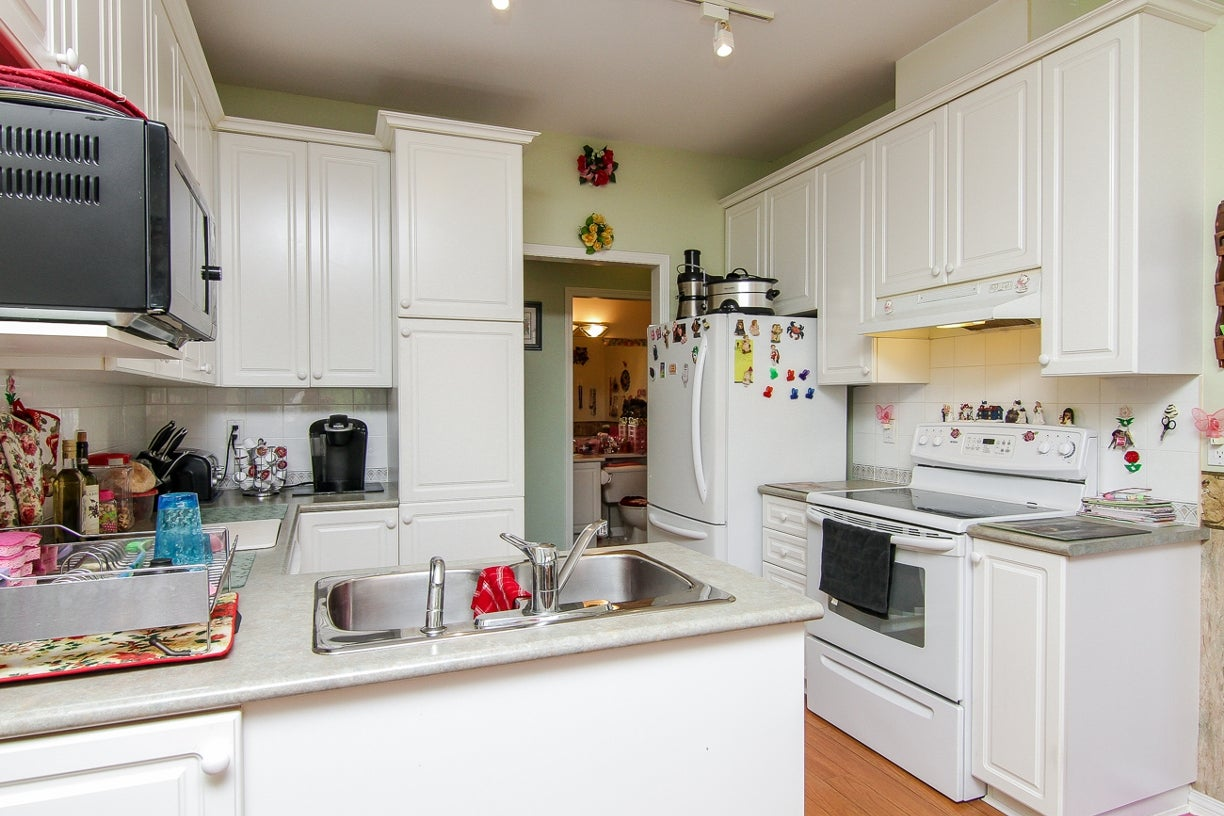 20 15959 82nd Avenue - Fleetwood Tynehead Townhouse for sale, 3 Bedrooms (F1417392) #11