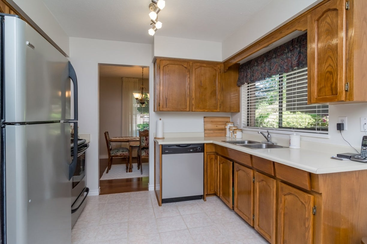 14922 94 Avenue - Fleetwood Tynehead House/Single Family for sale, 3 Bedrooms (R2096868) #11