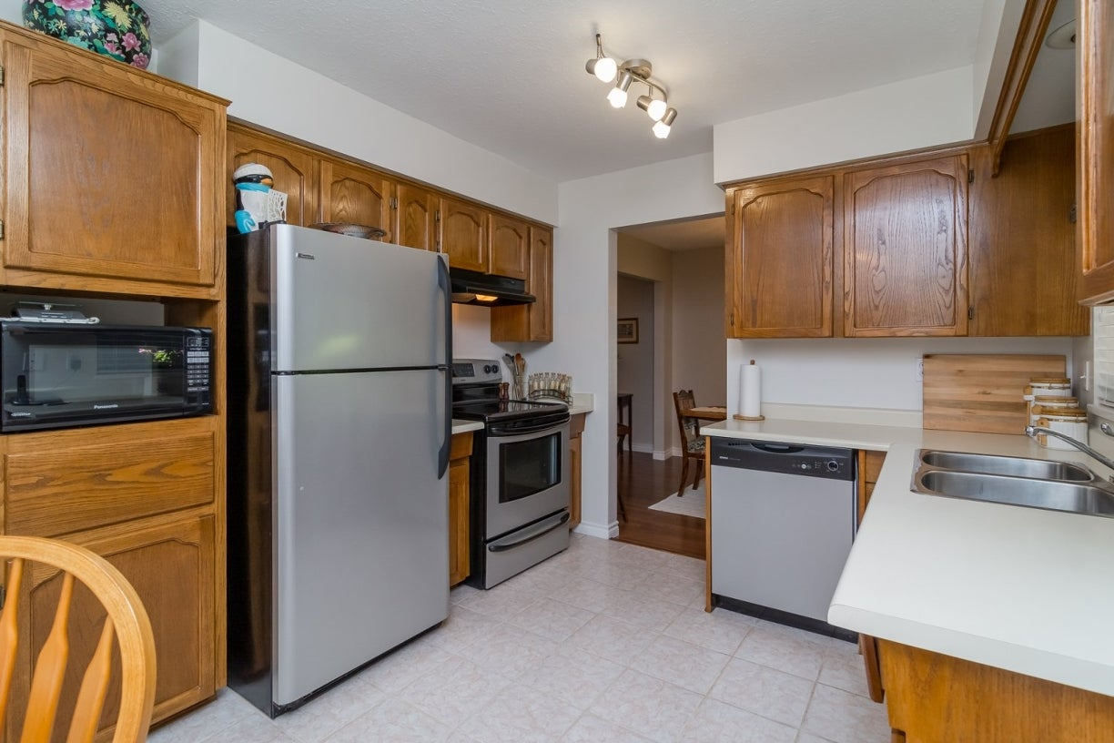 14922 94 Avenue - Fleetwood Tynehead House/Single Family for sale, 3 Bedrooms (R2096868) #12