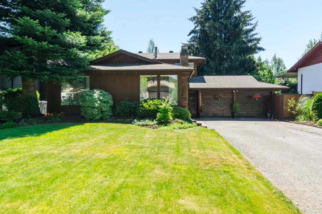 14922 94 Avenue - Fleetwood Tynehead House/Single Family for sale, 3 Bedrooms (R2096868) #2