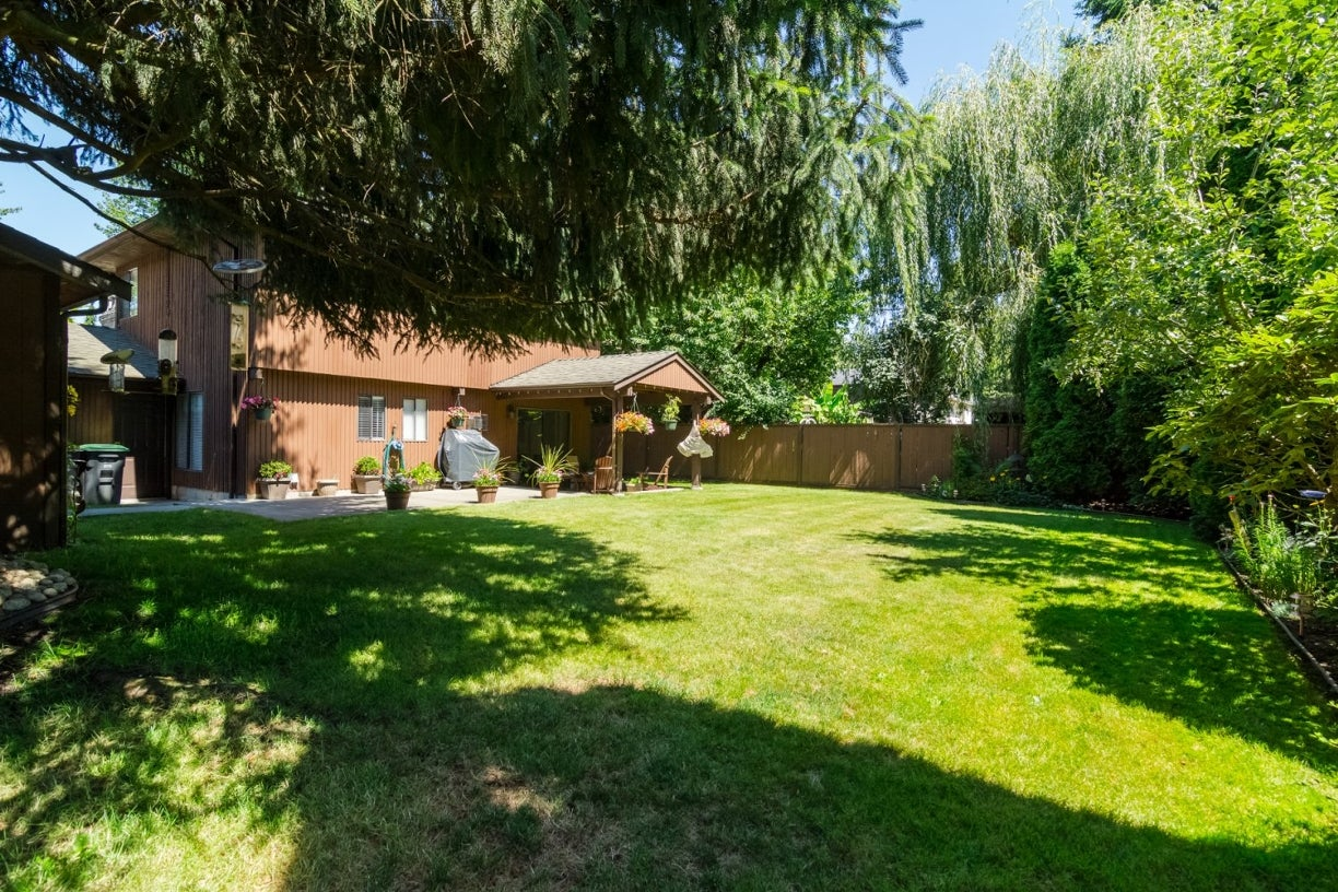 14922 94 Avenue - Fleetwood Tynehead House/Single Family for sale, 3 Bedrooms (R2096868) #32