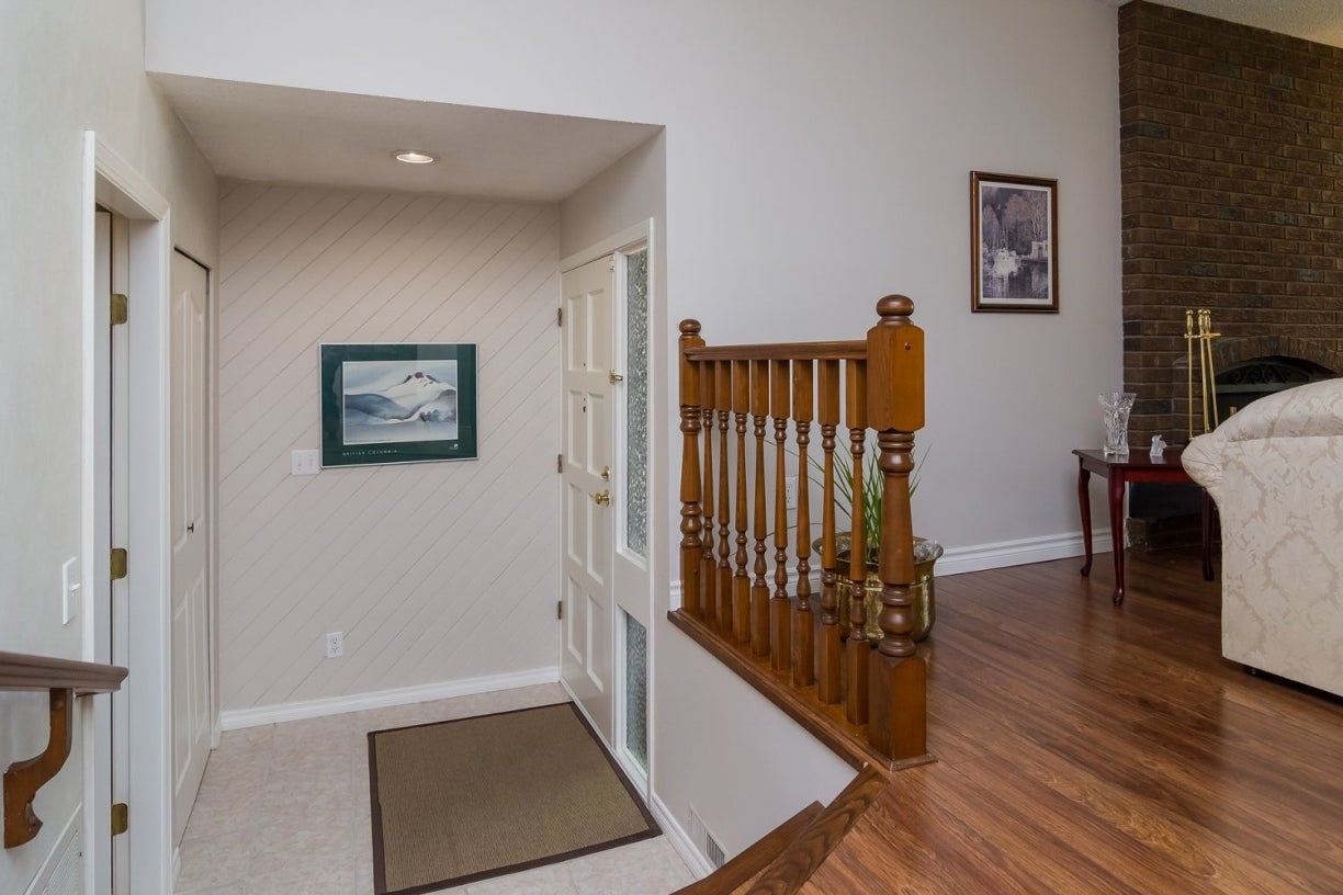14922 94 Avenue - Fleetwood Tynehead House/Single Family for sale, 3 Bedrooms (R2096868) #4