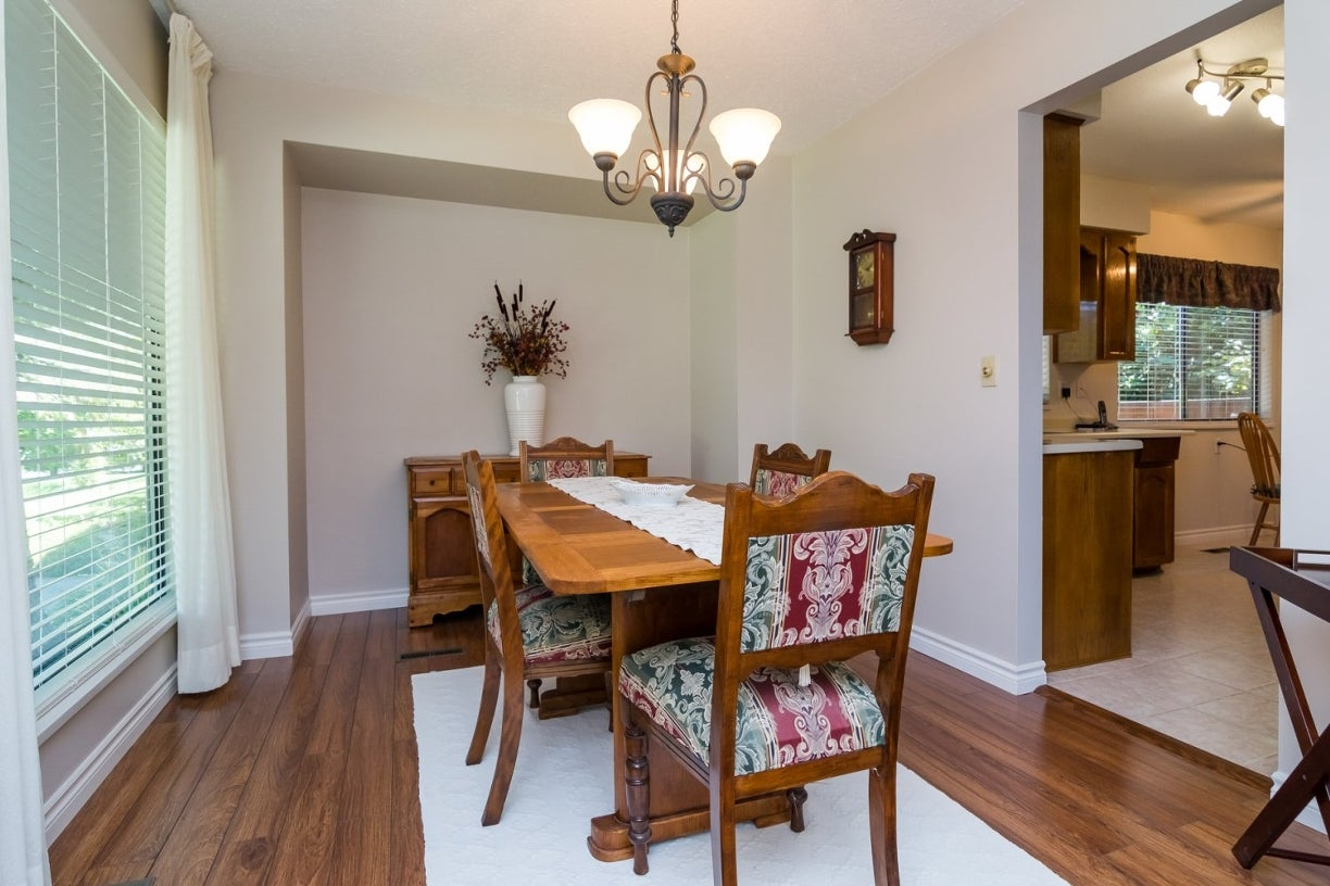 14922 94 Avenue - Fleetwood Tynehead House/Single Family for sale, 3 Bedrooms (R2096868) #9