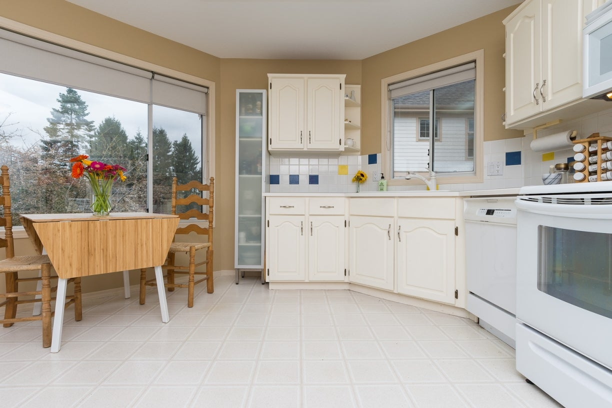 204 1327 Best Street - White Rock Apartment/Condo for sale, 2 Bedrooms (R2032312) #13