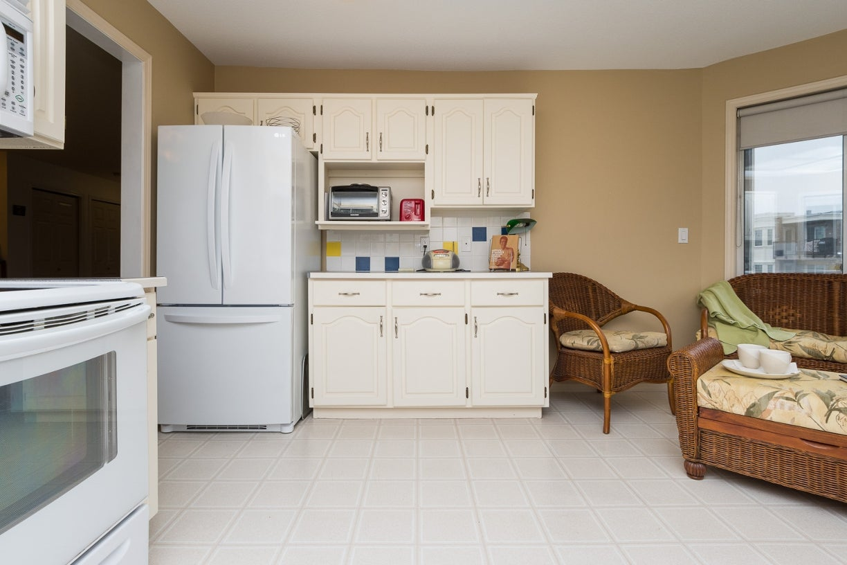204 1327 Best Street - White Rock Apartment/Condo for sale, 2 Bedrooms (R2032312) #15