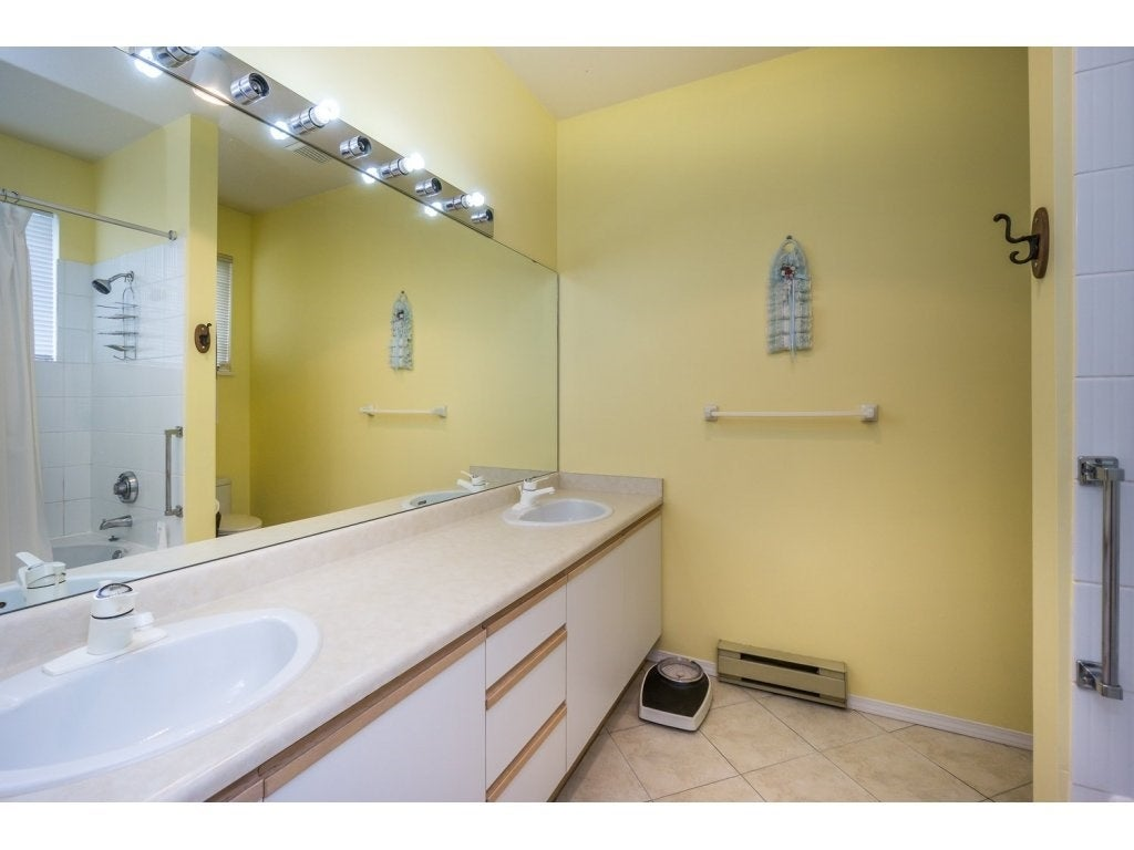 30 10038 150 Street - Guildford Townhouse for sale, 2 Bedrooms (R2093977) #15