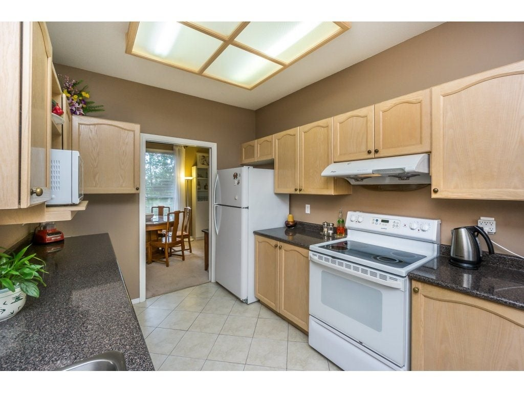 30 10038 150 Street - Guildford Townhouse for sale, 2 Bedrooms (R2093977) #6