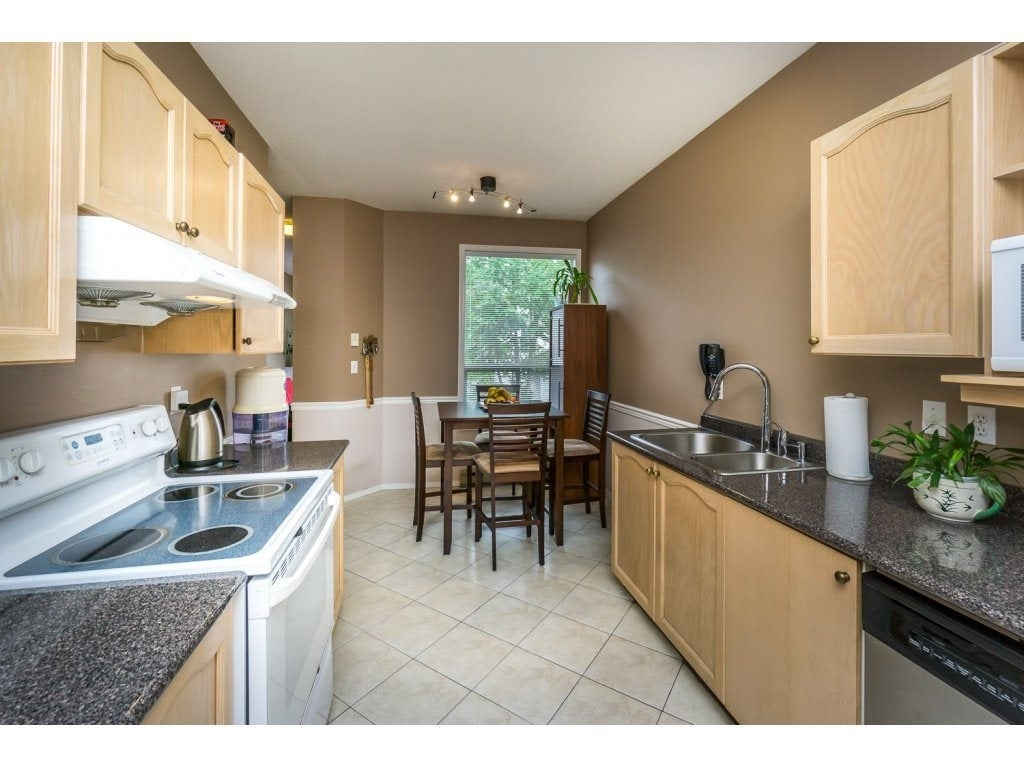 30 10038 150 Street - Guildford Townhouse for sale, 2 Bedrooms (R2093977) #7