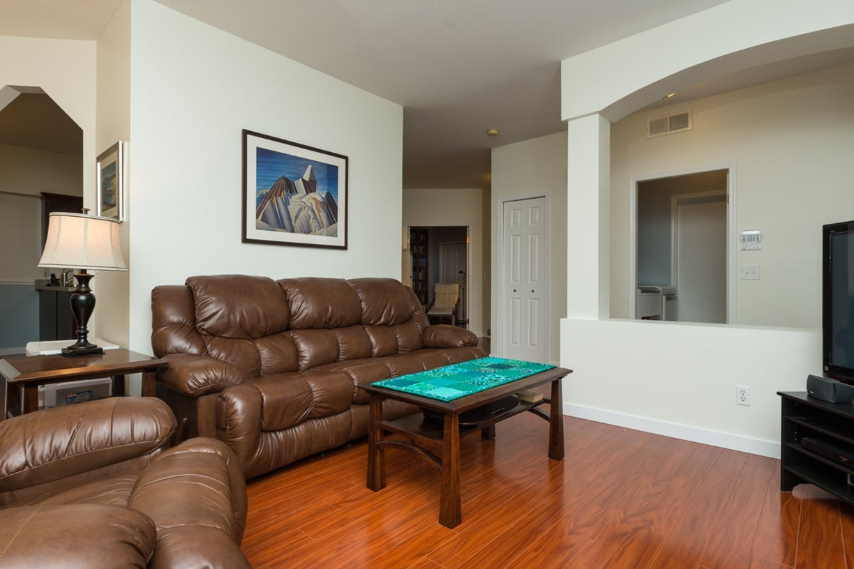 104 13895 102ND AVENUE - Whalley Townhouse for sale, 2 Bedrooms (R2116508) #9