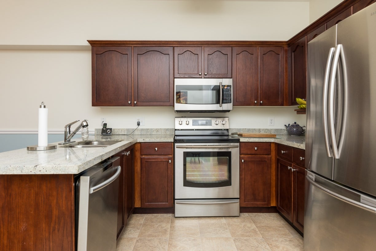 104 13895 102ND AVENUE - Whalley Townhouse for sale, 2 Bedrooms (R2116508) #12