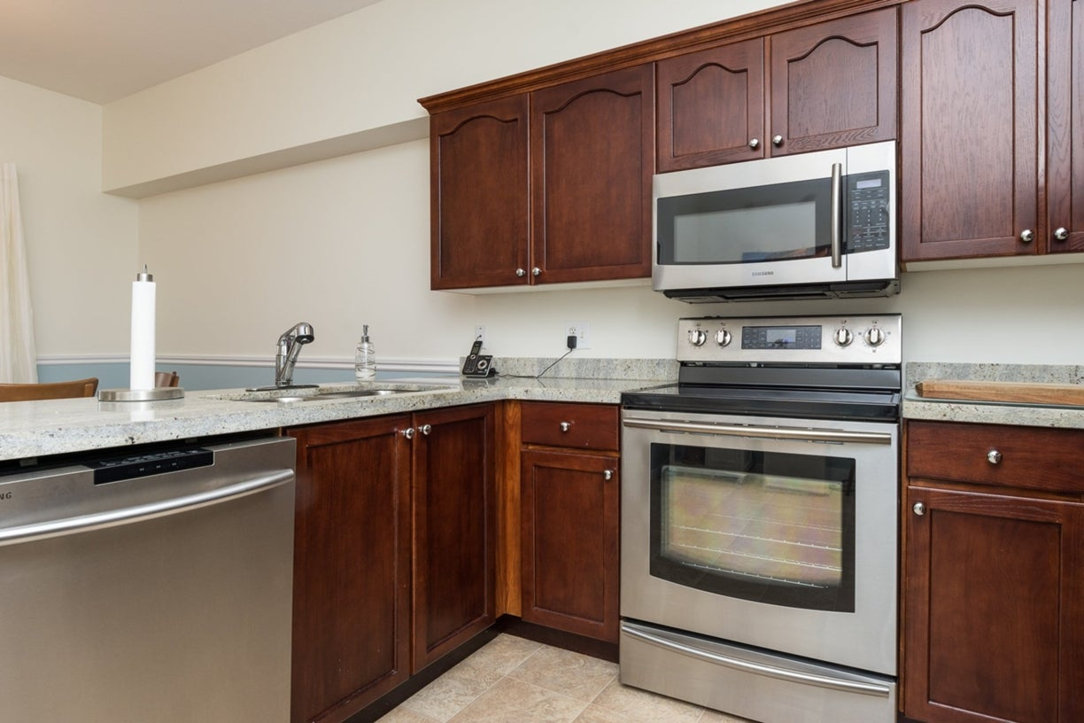 104 13895 102ND AVENUE - Whalley Townhouse for sale, 2 Bedrooms (R2116508) #13