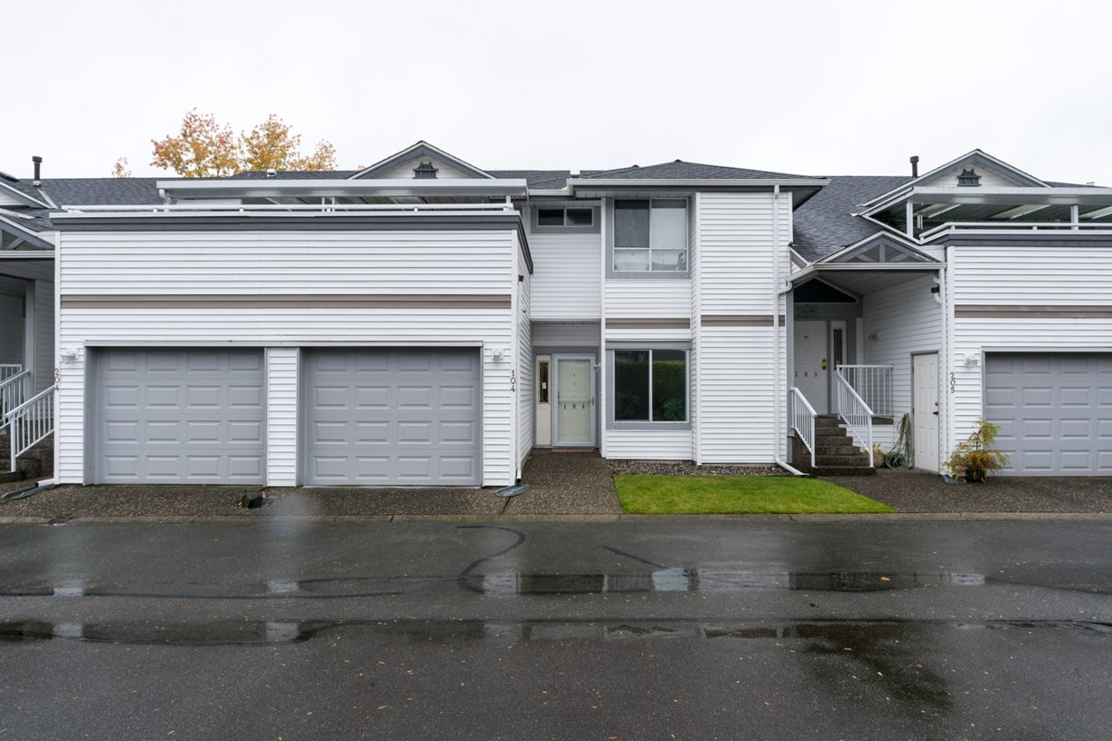104 13895 102ND AVENUE - Whalley Townhouse for sale, 2 Bedrooms (R2116508) #1