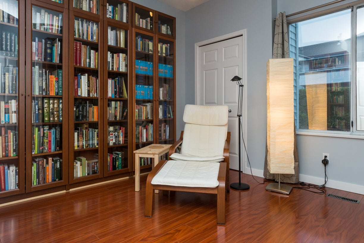104 13895 102ND AVENUE - Whalley Townhouse for sale, 2 Bedrooms (R2116508) #4