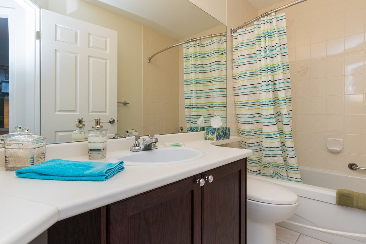 104 13895 102ND AVENUE - Whalley Townhouse for sale, 2 Bedrooms (R2116508) #6