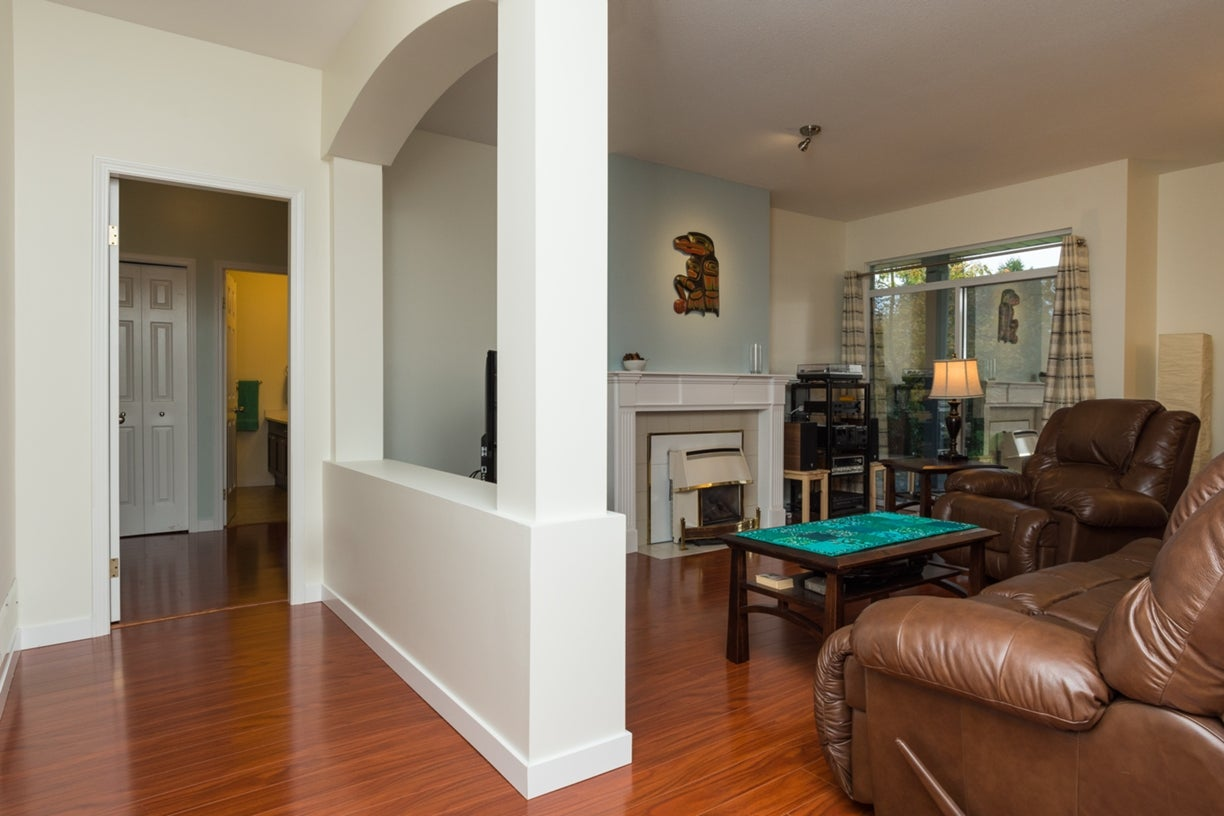104 13895 102ND AVENUE - Whalley Townhouse for sale, 2 Bedrooms (R2116508) #7