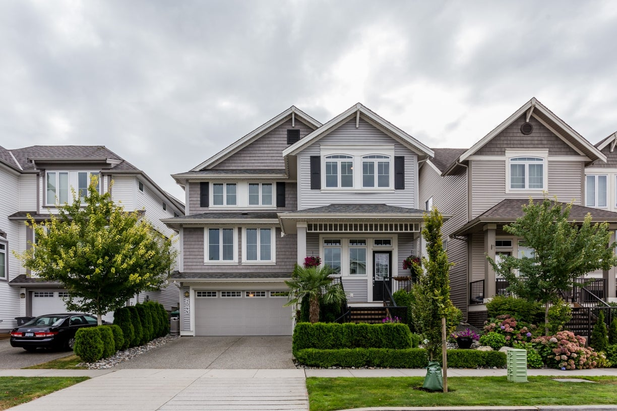7044 177a Street - Cloverdale BC House/Single Family for sale, 4 Bedrooms (R2102834) #1