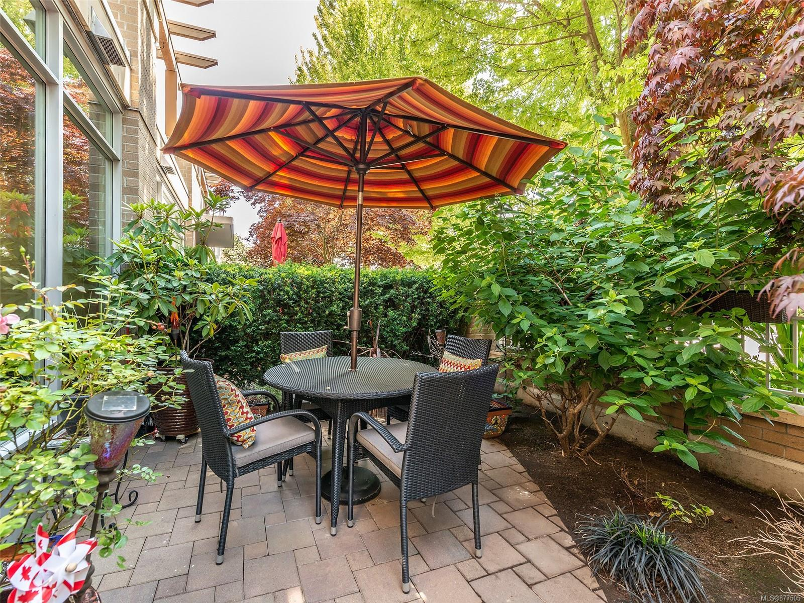 4 828 Rupert Terr - Vi Downtown Row/Townhouse for sale, 2 Bedrooms (877505) #31