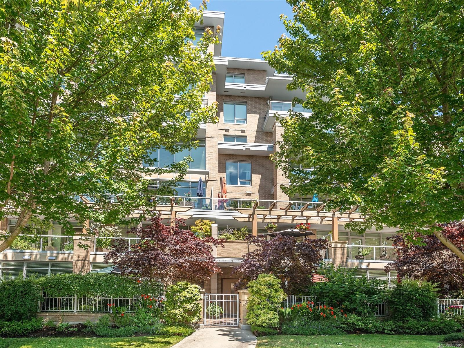 4 828 Rupert Terr - Vi Downtown Row/Townhouse for sale, 2 Bedrooms (877505) #34