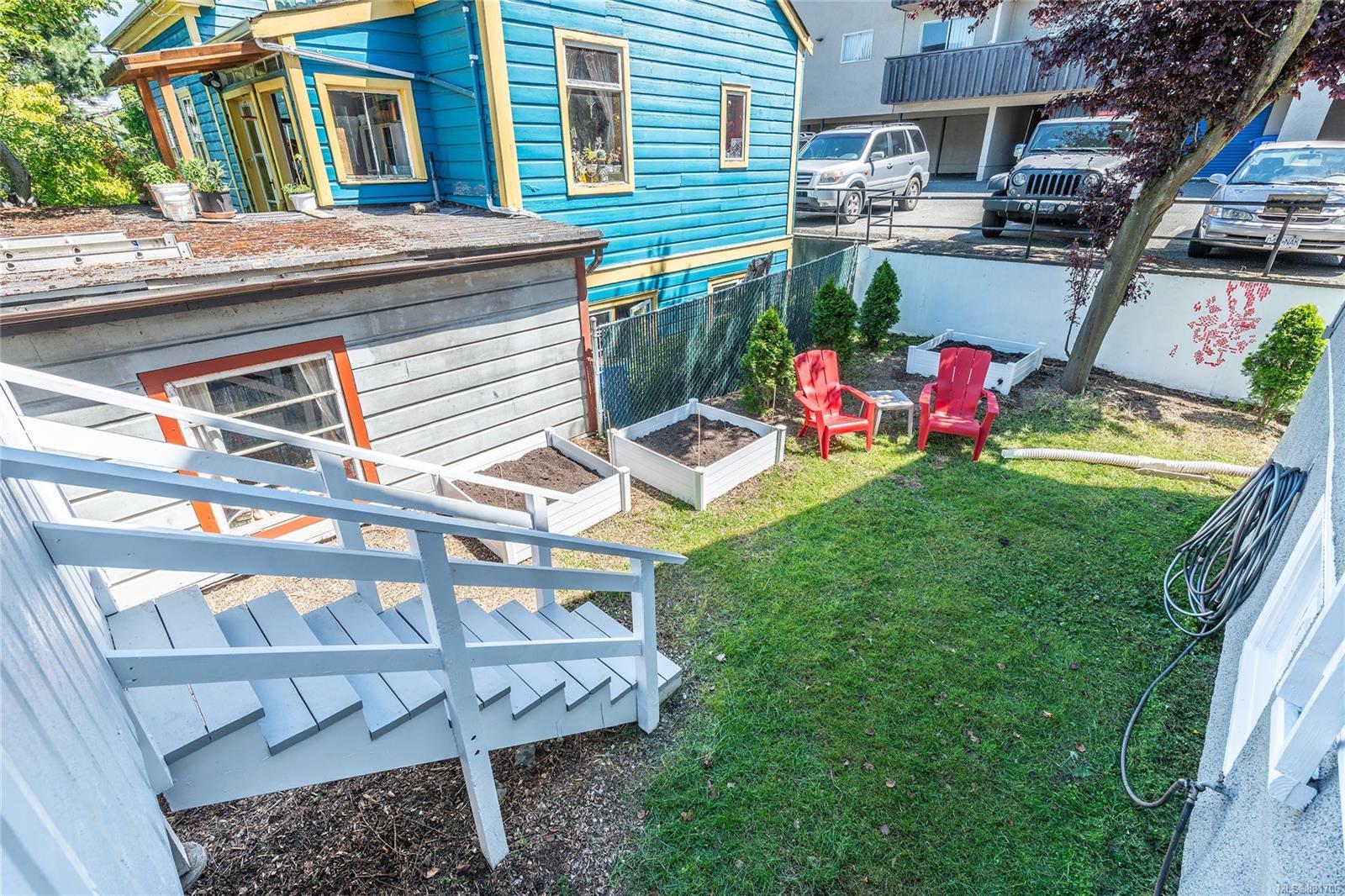 1150 Pandora Ave - Vi Downtown Triplex for sale, 4 Bedrooms (881706) #13