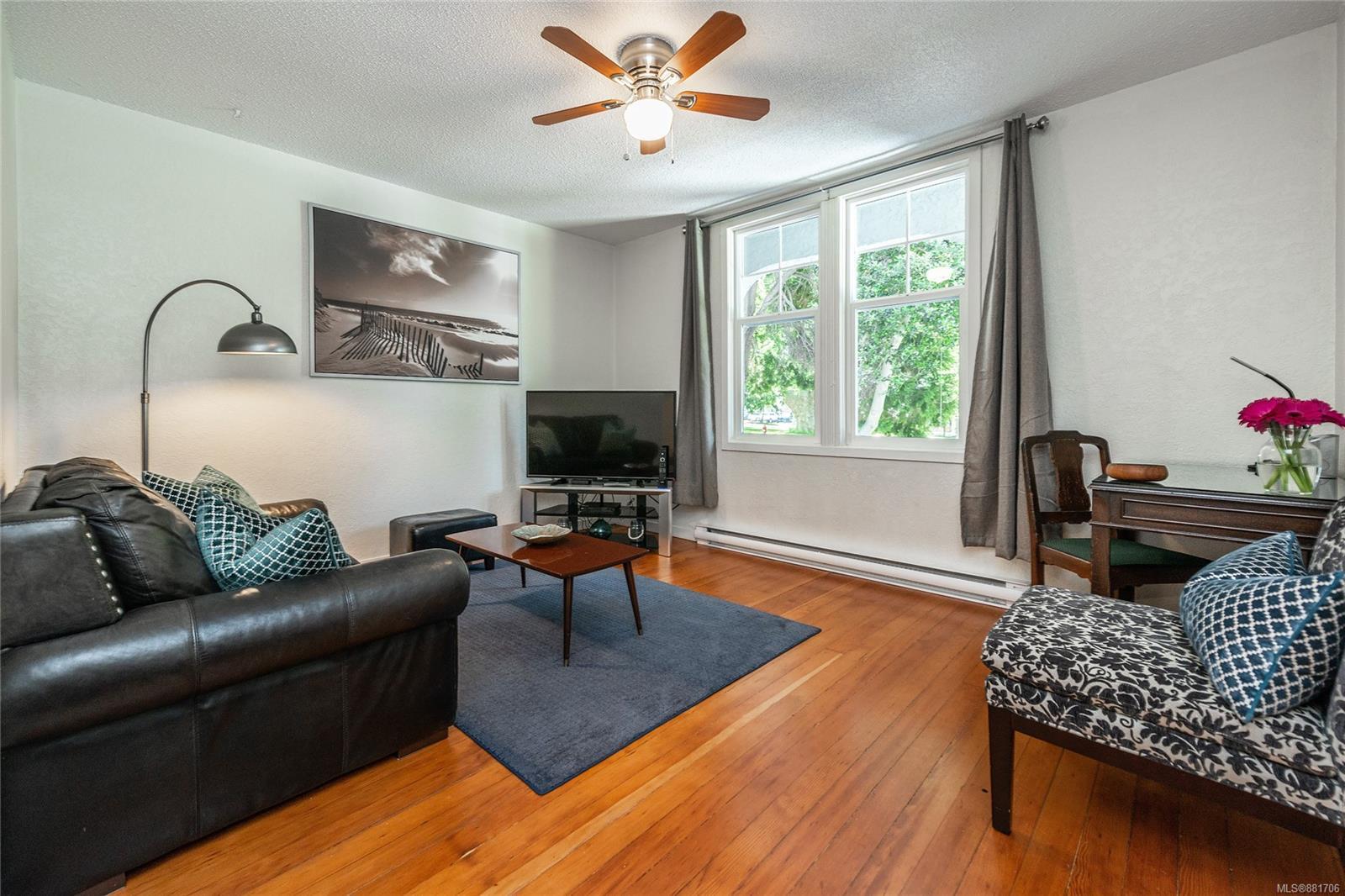1150 Pandora Ave - Vi Downtown Triplex for sale, 4 Bedrooms (881706) #16