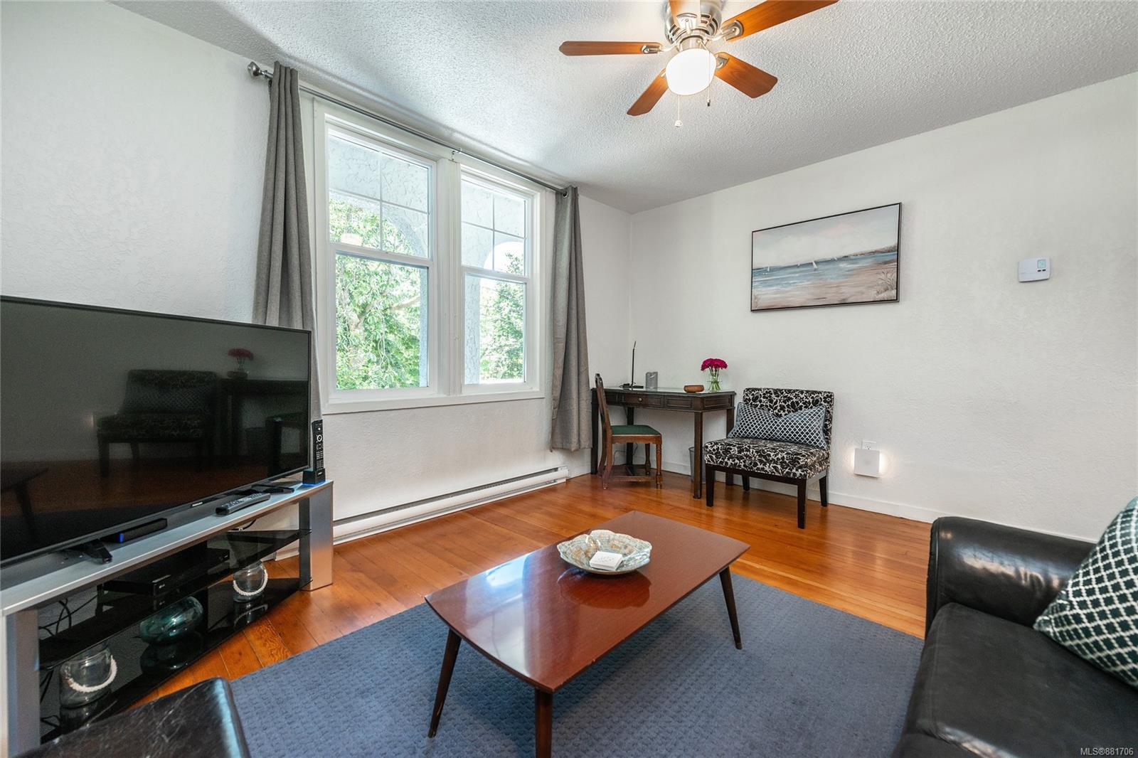 1150 Pandora Ave - Vi Downtown Triplex for sale, 4 Bedrooms (881706) #17