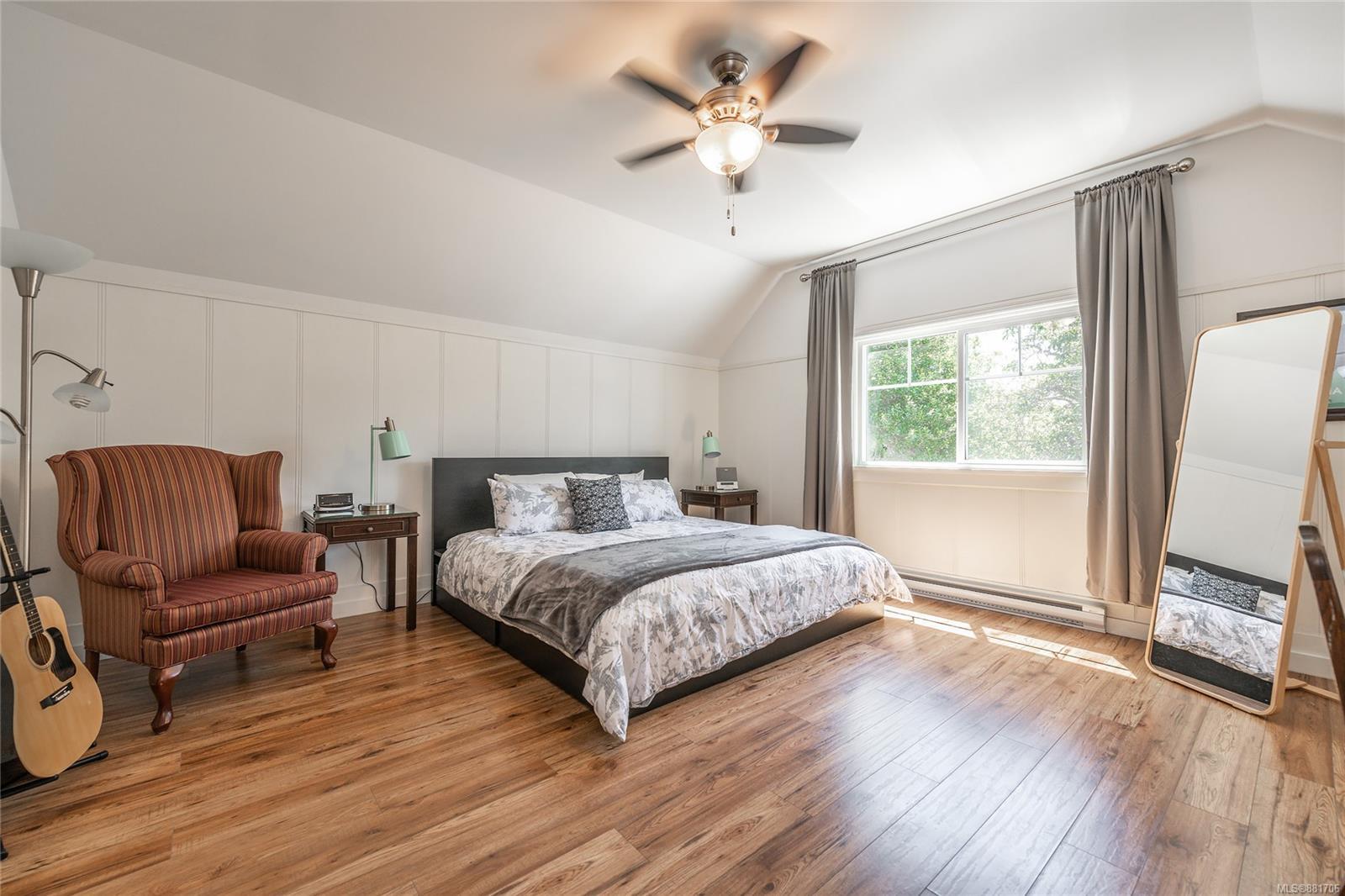 1150 Pandora Ave - Vi Downtown Triplex for sale, 4 Bedrooms (881706) #26