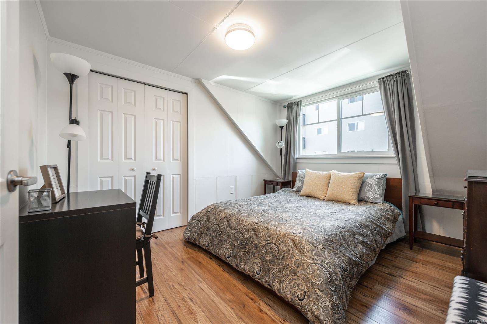 1150 Pandora Ave - Vi Downtown Triplex for sale, 4 Bedrooms (881706) #27