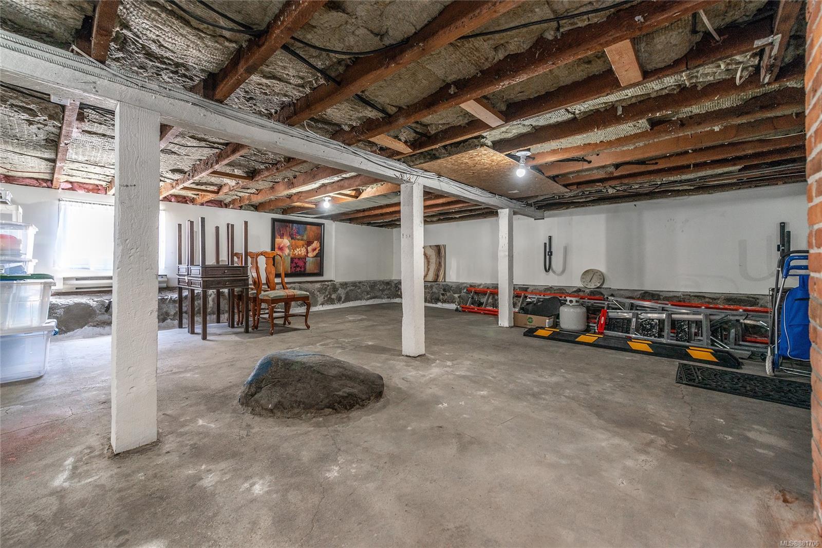 1150 Pandora Ave - Vi Downtown Triplex for sale, 4 Bedrooms (881706) #40