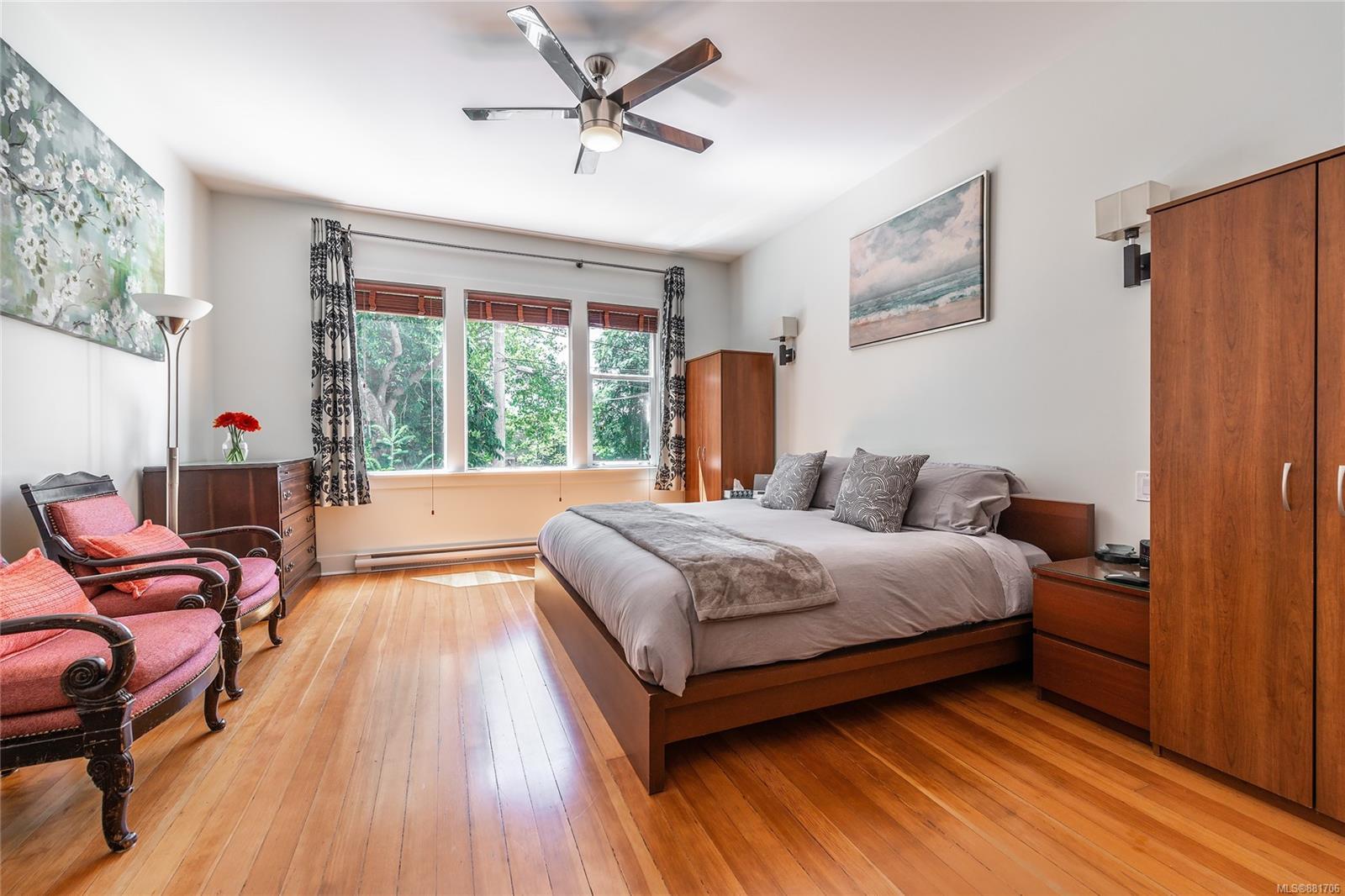 1150 Pandora Ave - Vi Downtown Triplex for sale, 4 Bedrooms (881706) #4