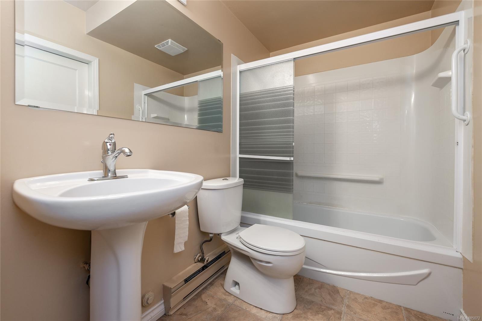 1212 Oxford St - Vi Fairfield East Half Duplex for sale, 4 Bedrooms (885072) #10