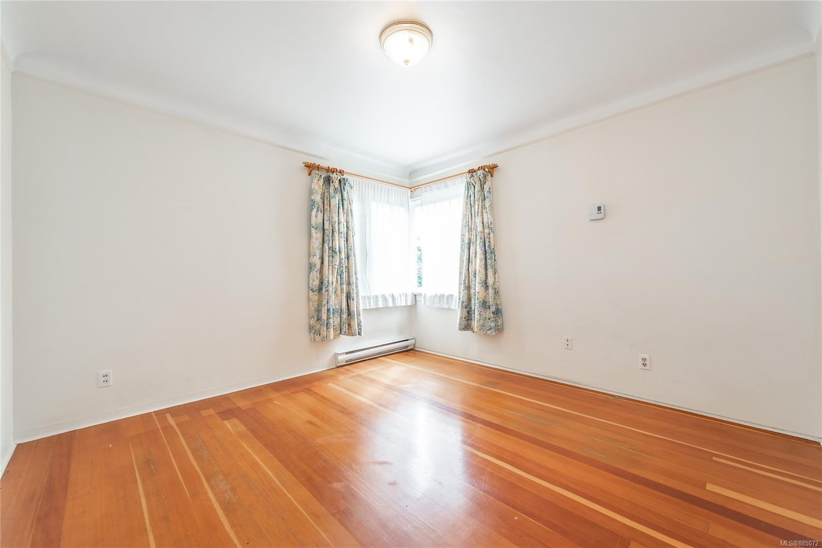 1212 Oxford St - Vi Fairfield East Half Duplex for sale, 4 Bedrooms (885072) #11